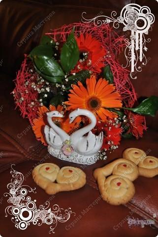 Моим мужичкам в Валентинов день я подарила вот такие вкусные валентинки-печеньки!  Рецепт очень прост и приготовление тоже не трудное. А радости море!!! :-))) фото 4