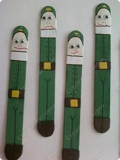 Закладка в подарок папе. Основа - деревянный медицинский шпатель.  фото 3