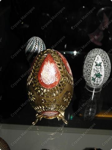 Продолжая начатую тему выставки пасхальных яиц. Это 2 часть.  Яйца украшены соломкой... фото 34