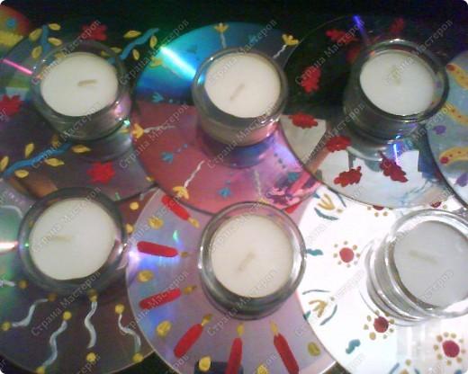 Подсвечники на Пасху из CD-дисков, раскрашенных акриловыми красками, и подсвечников из Икеи. фото 1