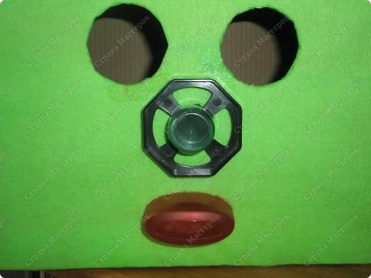 К дню космонавтики в  детском саду, сказали сделать костюм инопланетянина(только верх))???).... долго в голову ничего не приходило..., но время поджимало... и вот что у меня получилось)) фото 6