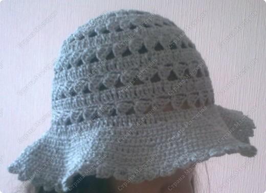 Это была моя первая шляпа...Даже не помню из какой пряжи.Единственное помню,что ленточная...Моточки вроде были маленькие и вроде их было два...  :)Просто это было давно.... фото 1