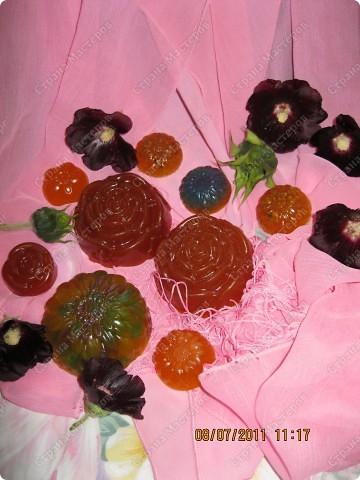 Мыльные цветы, букашка, и сердечки фото 3
