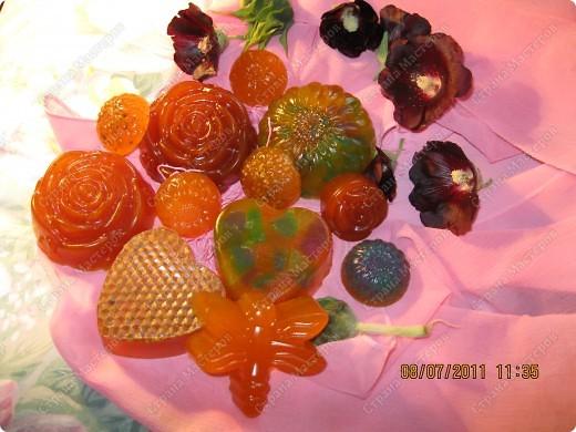 Мыльные цветы, букашка, и сердечки фото 1