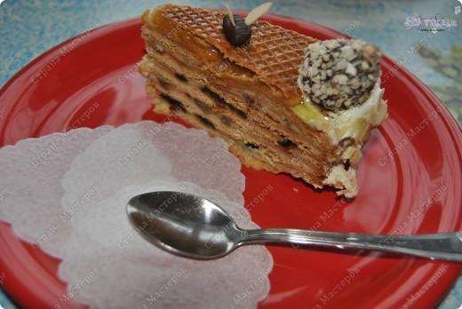 """Тортик пекла на день рождения своего папы. Он у меня пчеловод, так что в приготовлении """"учавствовал"""" настоящий домашний мед :-)))  фото 3"""