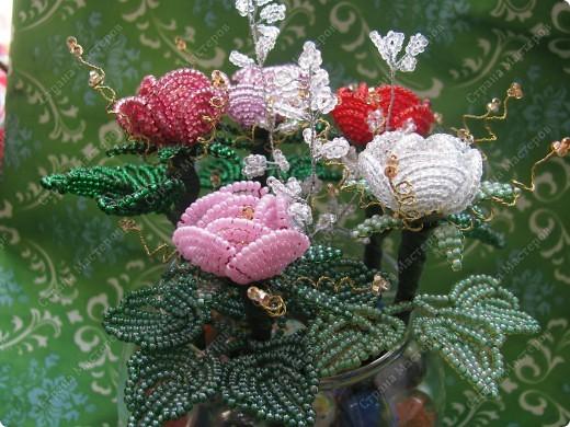 Розы из бисера. фото 3