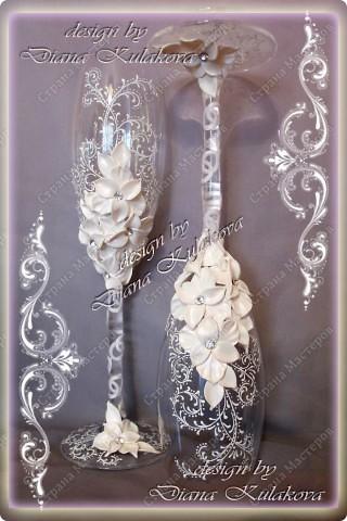 Это называется - Свадебный сезон в самом разгаре )))) - рабочий процесс, некоторые бокалы только после запекания, еще без росписи)) фото 12