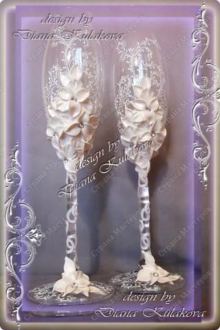 Это называется - Свадебный сезон в самом разгаре )))) - рабочий процесс, некоторые бокалы только после запекания, еще без росписи)) фото 10