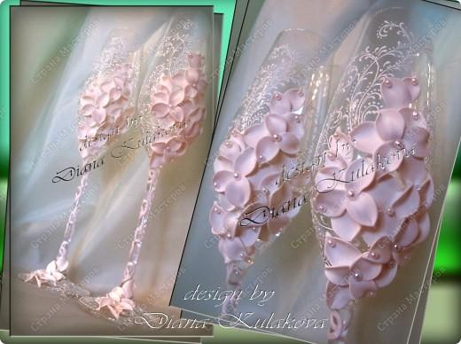 Это называется - Свадебный сезон в самом разгаре )))) - рабочий процесс, некоторые бокалы только после запекания, еще без росписи)) фото 14