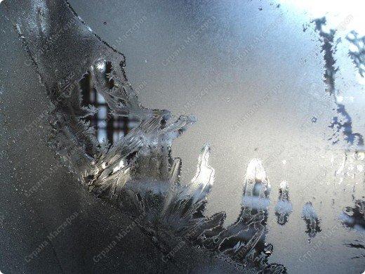Пришла волшебница зима.Взяла она краски и расписала морозными узорами окна. фото 5