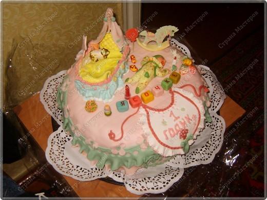 У моего крестничка 5 ноября было день рождения - он уже у нас взрослый - ведь ему исполнился годик!!! Его любимая бабушка Люба ( женщина с ЗОЛОТЫМИ ручками) испекла ему невероятный торт!!! Мне очень хочется Вам показать этот фееричный шедевр! фото 6