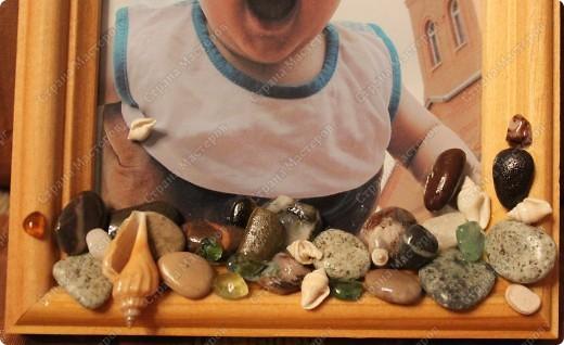 Кепочка на моем племяннике навеяла на мысль о ракушках и камешках, привезенных с моря.  фото 2
