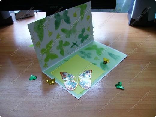 Ну никак не получаются скрап-открытки... Ну нравится использовать бросовый материал, нравятся бабочки, которые слетелись на ромашку   в большом количестве... фото 2