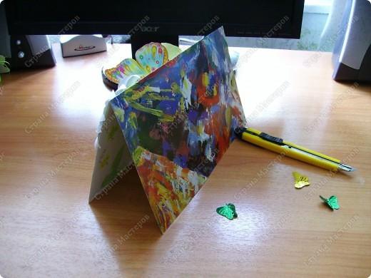 Ну никак не получаются скрап-открытки... Ну нравится использовать бросовый материал, нравятся бабочки, которые слетелись на ромашку   в большом количестве... фото 3