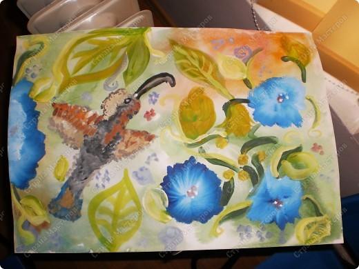 букет-маме!использовала:акварель,для фона,на губку нанесла гуашь,сделала штамповку,несколькими цветами-и вот СИРЕНЬ! фото 14