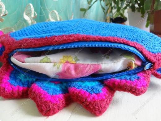 Люблю подушки, они создают уют и комфорт. Решила представить на ваш суд эти. фото 6