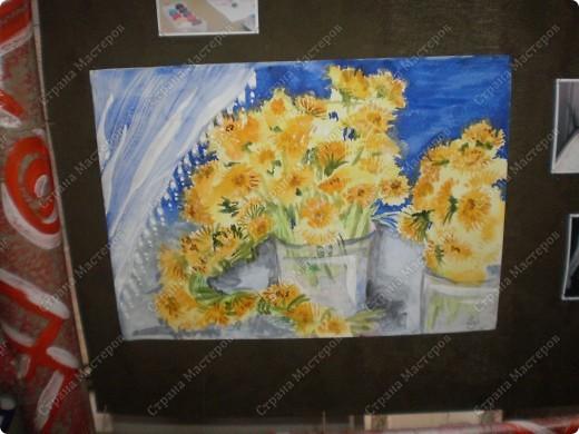 букет-маме!использовала:акварель,для фона,на губку нанесла гуашь,сделала штамповку,несколькими цветами-и вот СИРЕНЬ! фото 17