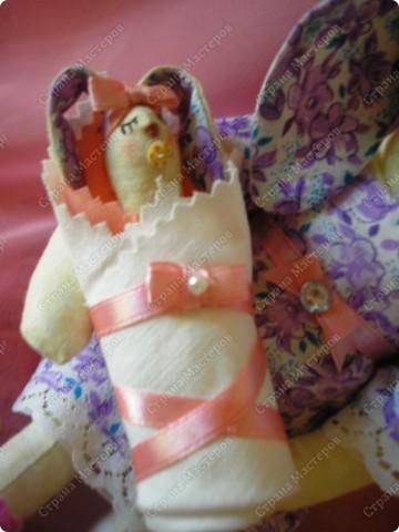 Вот такая Зайка-оберег,для новорожденной малышки! Мама-25см,малышка-8см. фото 4