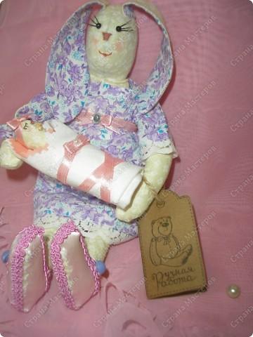 Вот такая Зайка-оберег,для новорожденной малышки! Мама-25см,малышка-8см. фото 6