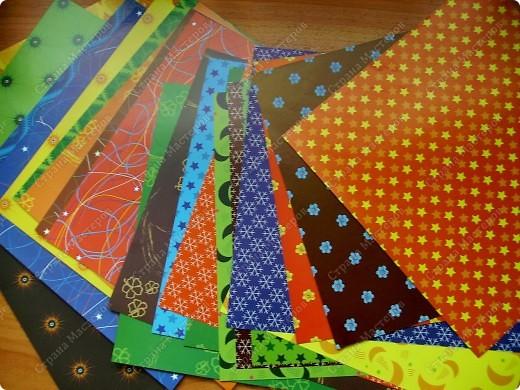 Это проба новой бумаги для оригами. Фон, рыбка, звезда - из нового набора. фото 3