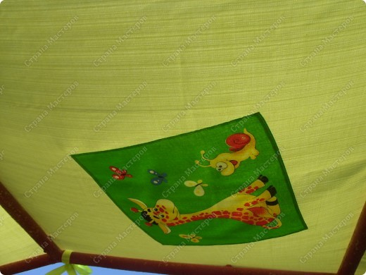 Вот такую крышу сшила на мини-беседку для деток в детский сад на участок фото 4