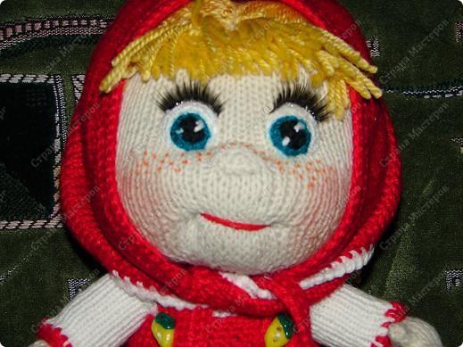 """Вот такую Машеньку я связала на день рождения своей племяшке.Куколка ей очень нравиться и маленькая Полинка часто ей играет.Куколка 30 см,очень хорошо помешается в колясочку для игрушек.Связана на спицах,глазки и носик крючком.Таких кукляшек-пупсяшек вяжут в он-лайне на сайте """"Амигуруми всех стран соединяйтесь"""". фото 1"""