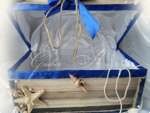 Набор для свадьбы в морском стиле. Бокалы,сундук,свеча,подставка для колец,папка для свидетельства. Все украшения настоящие,морские звезды,ракушкм и кораллы. фото 6
