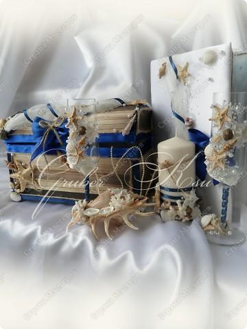 Набор для свадьбы в морском стиле. Бокалы,сундук,свеча,подставка для колец,папка для свидетельства. Все украшения настоящие,морские звезды,ракушкм и кораллы. фото 1