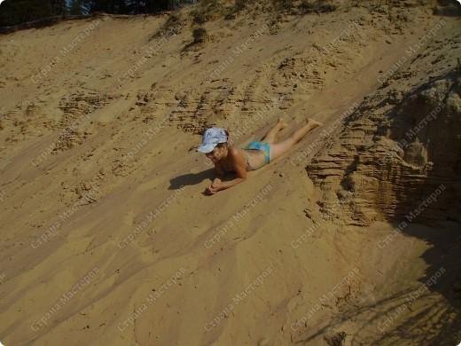 С мечтою об отдыхе на море сделалась эта открытка. Пустынный берег, шум волн, зонт от солнца и полная нирвана.... фото 8