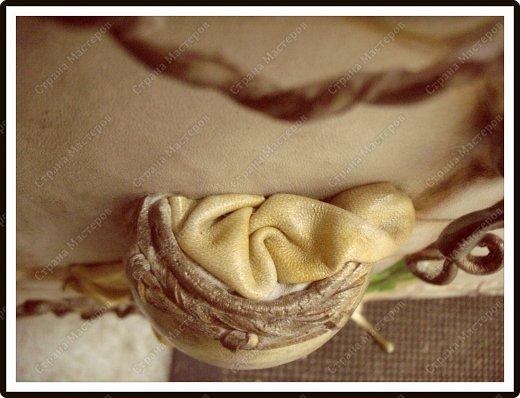 Декор предметов Мастер-класс Ассамбляж Ключница-панно из кожи -'Молдавский дворик   Дерево Картон гофрированный Клей Кожа Краска Салфетки фото 6