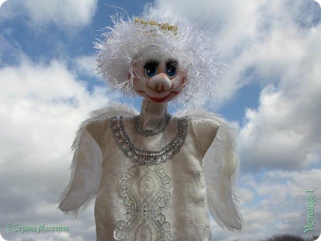 Здравствуйте! Недавно шила перчаточных кукол для детского кукольного театра http://stranamasterov.ru/node/1011860 . Для Ангела мне нужно было сшить крылья, чтобы они были прочными, легкими и не оттягивали платье куклы. Кукла перчаточная, одевается на руку. Может быть мой небольшой мастер-класс будет полезен. фото 15