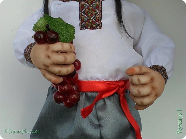 Доброго времени суток всем! Сшила куколку по мастер-классу Светланы Лазаревой. Первый раз попробовала сделать стеклянные глазки с ресницами. фото 8