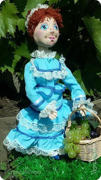 Доброго времени суток всем! Попросили сшить куколку для детского сада. Живем мы на берегах Дона, дети с детства изучают казачью культуру, казачьи песни, танцы, костюмы. Получилась вот такая куколка в казачьем костюме. фото 3