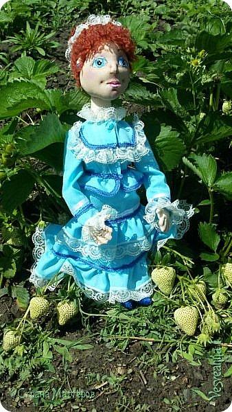 Доброго времени суток всем! Попросили сшить куколку для детского сада. Живем мы на берегах Дона, дети с детства изучают казачью культуру, казачьи песни, танцы, костюмы. Получилась вот такая куколка в казачьем костюме. фото 9