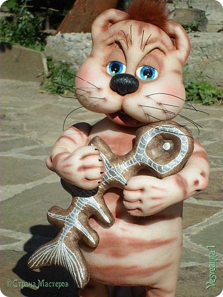 Здравствуйте!!! Вот такого кота-рыболова сшила я из колготок. фото 13