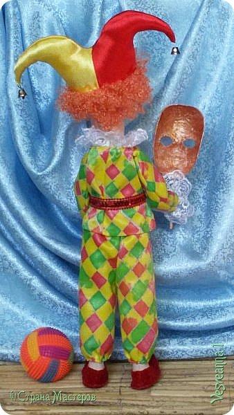 Здравствуйте все мои гости! Пробую себя в шитье текстильных кукол. Вот такой Арлекин появился у меня после мастер-класса Т. Коковихиной. фото 3