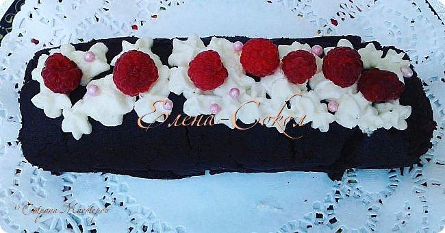 Здравствуйте мои хорошие!Приглашаю вас на тортики и не только ...Этот первый тортик был сделан на заказ для малыша на 1 годик...Внутри классический бисквит,,йогуртовый крем и банановые прослойки..украшен вафельной картинкой и кремом чиз,Вес его 3700г фото 5