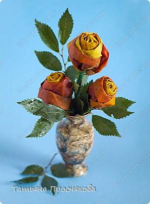 Моделирование: Розы из кленовых листьев