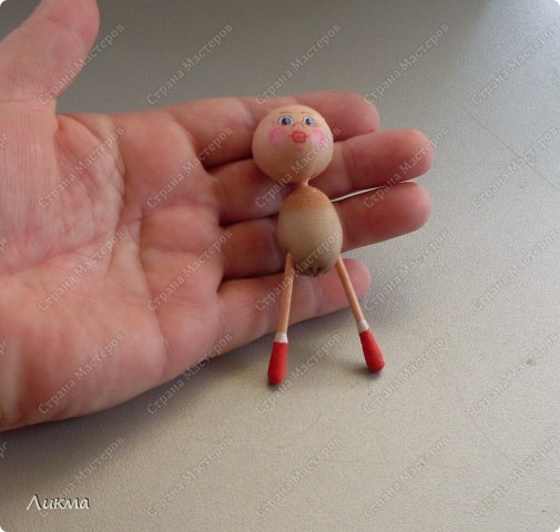 Сегодня я показываю, как сделать маленькую куколку. По этому МК я делала Лесную Феечку. фото 21