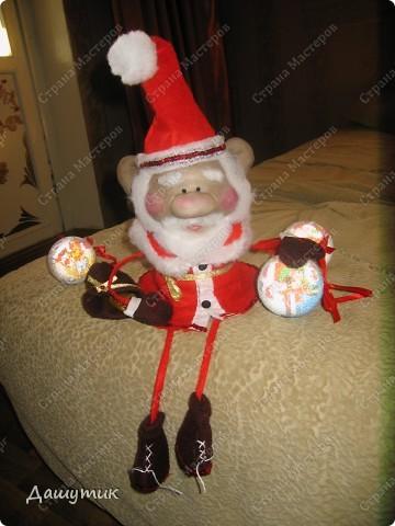 Дедушка мороз, борода из ваты....Теперь с ножками и ручками))) фото 1