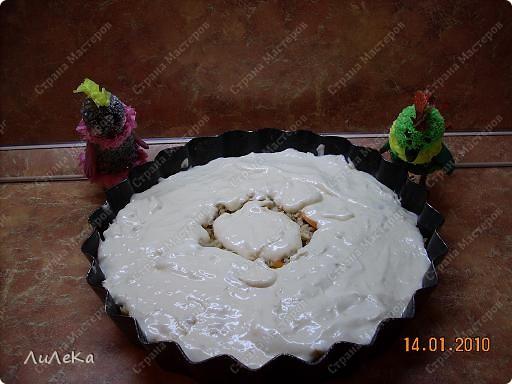 Девчонки и мальчишки! А так же их родители! Пирог с начинкой рыбной испечь вы не хотите ли? Пирог на майонезе учили печь мы вас. Его же, но с начинкой мы испечем сейчас! Рома! Рикки! Мы начинаем! фото 8