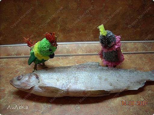 Девчонки и мальчишки! А так же их родители! Пирог с начинкой рыбной испечь вы не хотите ли? Пирог на майонезе учили печь мы вас. Его же, но с начинкой мы испечем сейчас! Рома! Рикки! Мы начинаем! фото 2