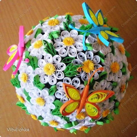 """Увидела эту идею в блоге """"Завитушки от Ксюшки"""" (http://zavitoc.blogspot.com/2009/09/blog-post_14.html) и """"заболела"""". Первые два цветочных шара сделали с детьми на уроках труда. А потом... фото 5"""