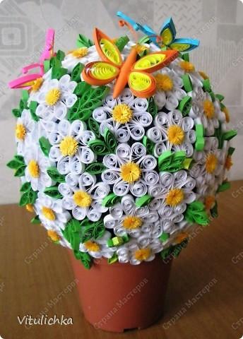 """Увидела эту идею в блоге """"Завитушки от Ксюшки"""" (http://zavitoc.blogspot.com/2009/09/blog-post_14.html) и """"заболела"""". Первые два цветочных шара сделали с детьми на уроках труда. А потом... фото 4"""