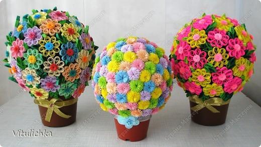 """Увидела эту идею в блоге """"Завитушки от Ксюшки"""" (http://zavitoc.blogspot.com/2009/09/blog-post_14.html) и """"заболела"""". Первые два цветочных шара сделали с детьми на уроках труда. А потом... фото 14"""