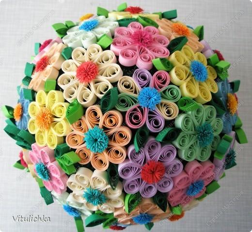 """Увидела эту идею в блоге """"Завитушки от Ксюшки"""" (http://zavitoc.blogspot.com/2009/09/blog-post_14.html) и """"заболела"""". Первые два цветочных шара сделали с детьми на уроках труда. А потом... фото 10"""