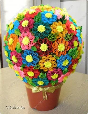 """Увидела эту идею в блоге """"Завитушки от Ксюшки"""" (http://zavitoc.blogspot.com/2009/09/blog-post_14.html) и """"заболела"""". Первые два цветочных шара сделали с детьми на уроках труда. А потом... фото 13"""