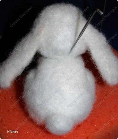 Мастер-класс Валяние фильцевание Мастер-класс по валянию Крольчишки из холлофайбера Шерсть фото 20