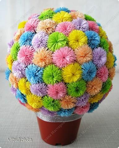 """Увидела эту идею в блоге """"Завитушки от Ксюшки"""" (http://zavitoc.blogspot.com/2009/09/blog-post_14.html) и """"заболела"""". Первые два цветочных шара сделали с детьми на уроках труда. А потом... фото 11"""