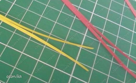 Такие тюльпаны мы делали на курсах. Цветок размером 1,5 см, со стебельком 4-5см получается фото 2